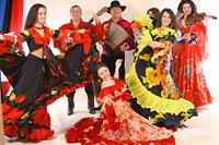 Цыганские танцы, гадание на картах